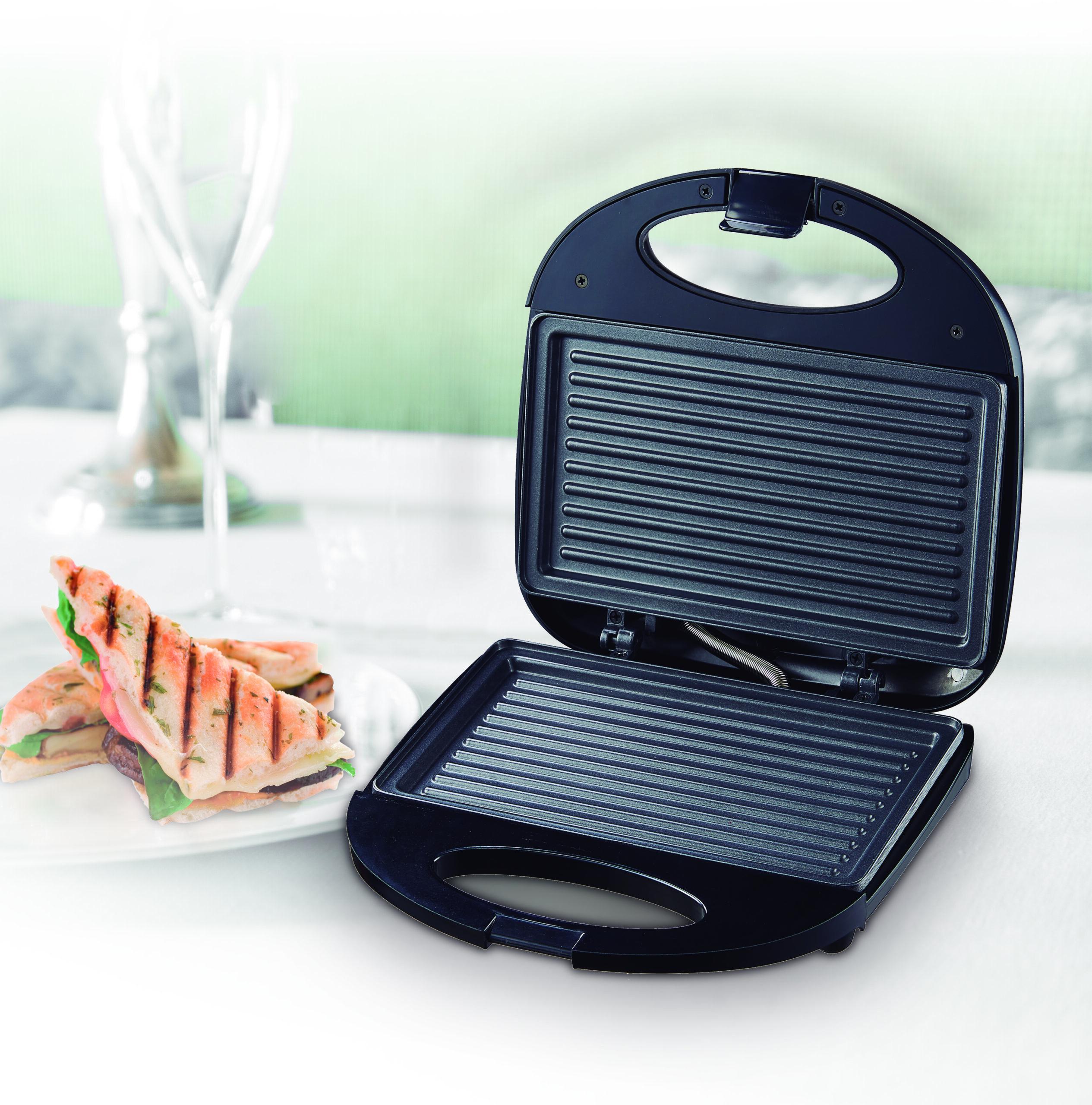 Sandwichera 750W grill BN3395