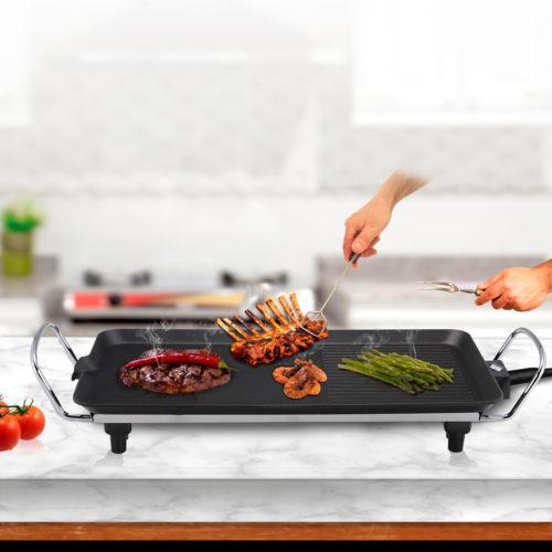 Plancha de asar eléctrica para carne y verduras, lisa y grill de 1500W, superficie de 40x25cm BN3678