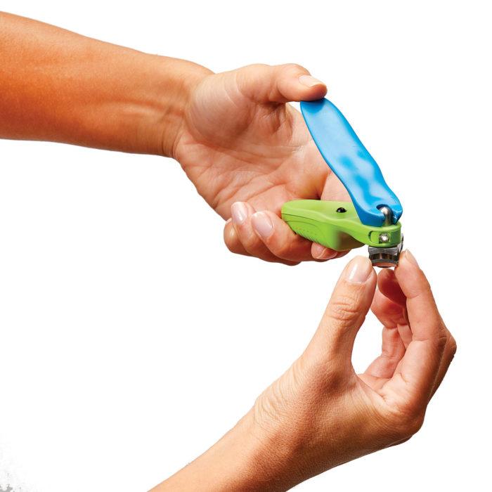 Corta uñas con luz BN4203