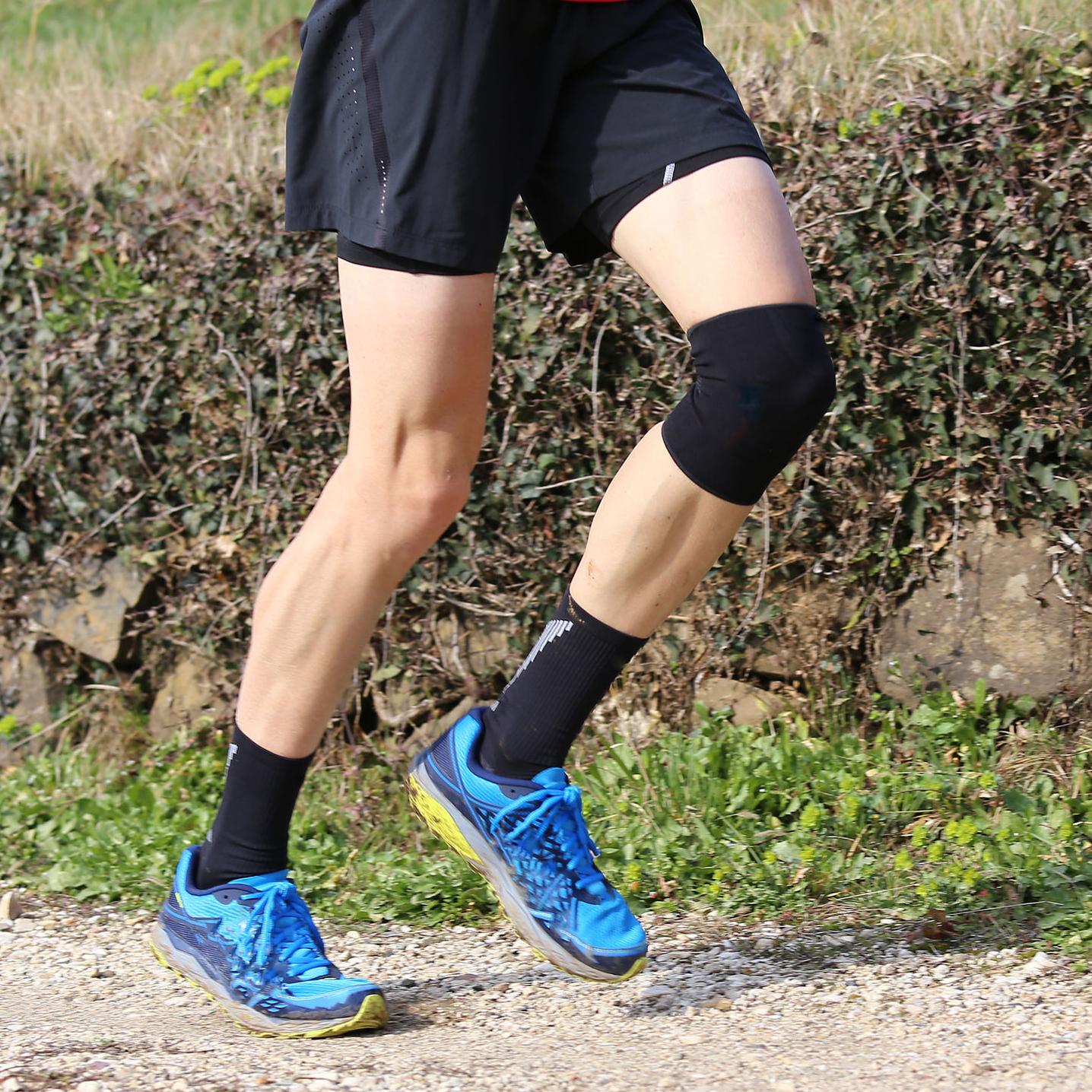 Rodillera knee sleeve-cob con filamentos de cobre BN4615